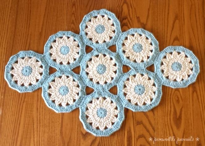 crochet_table mat